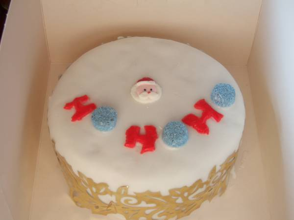 tiny christmas cake